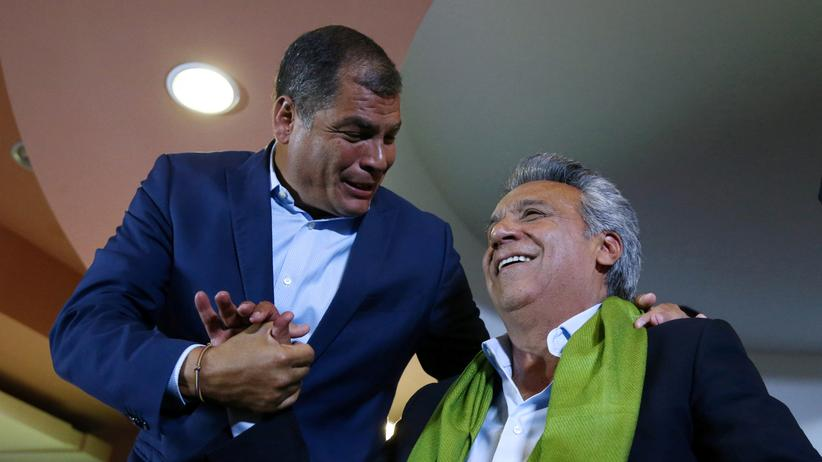 Ecuador: Regierungskandidat Lenín Moreno (rechts) mit Ecuadors Präsident Rafael Correa