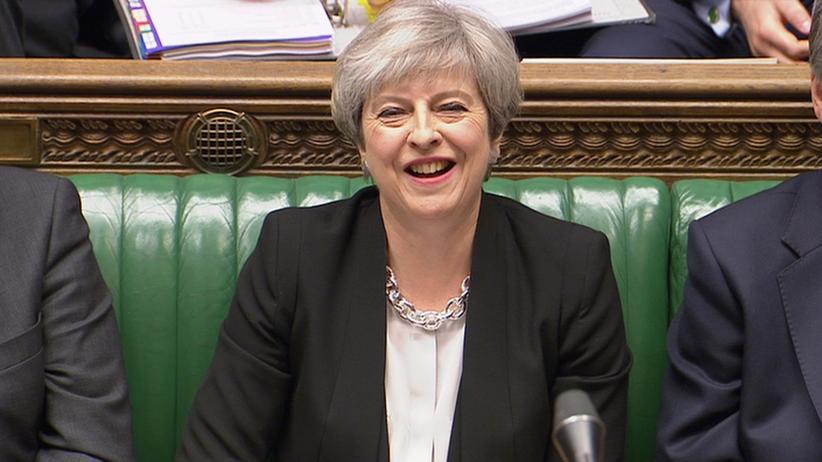 Großbritannien: Die britische Premierministerin Theresa May im Parlament