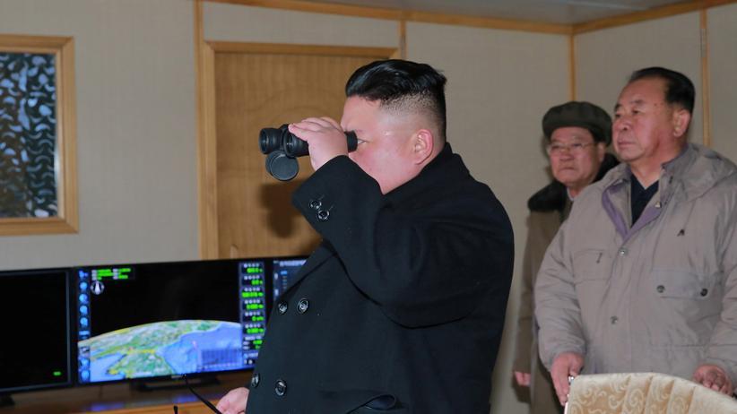 Pjöngjang: Nordkorea feuert erneut ballistische Rakete ab
