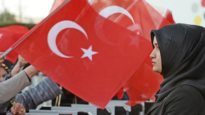 OSZE: Unterstützer von Präsident Recep Tayyip Erdoğan in Ankara