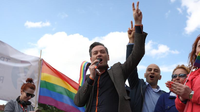 Robert Biedroń:  Seit 2014 ist der bekennende Homosexuelle Robert Biedroń der Bürgermeister der nordpolnischen Stadt Słupsk.