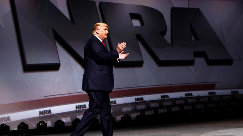NRA-Kongress: Donald Trump war der erste Präsident seit Ronald Reagan im Jahr 1983, der bei dem Kongress der mächtigen Waffenlobbyorganisation auftrat.