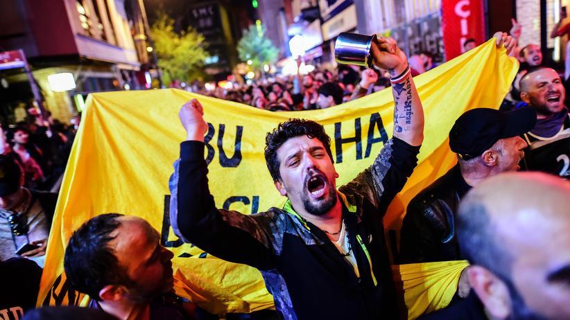 Türkei: Opposition fordert Annullierung des Referendums