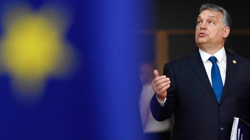 EU-Kommission: Ungarns Ministerpräsident Viktor Orbán im Parlament in Budapest
