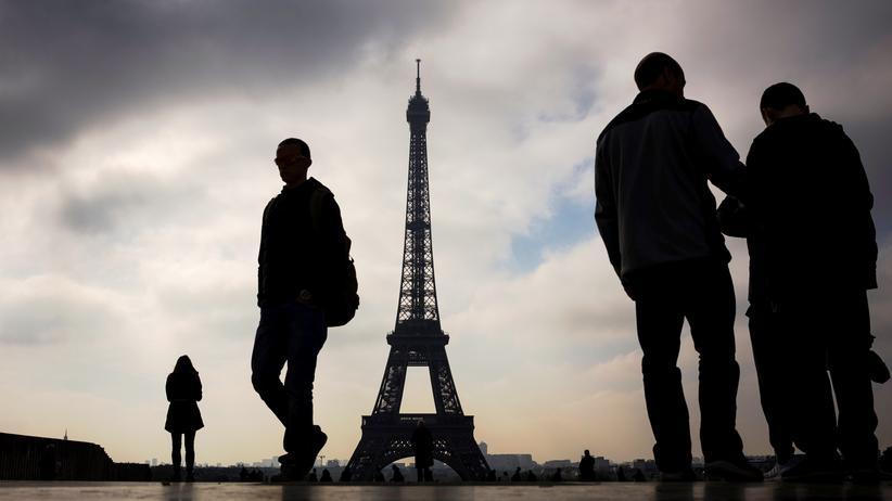 Präsidentenwahl in Frankreich: Paris vor der Präsidentenwahl: Werden die Franzosen für oder gegen Europa stimmen?