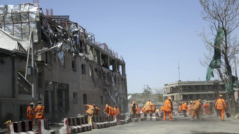 Kabul: Die deutsche Botschaft in Kabul nach dem Attentat
