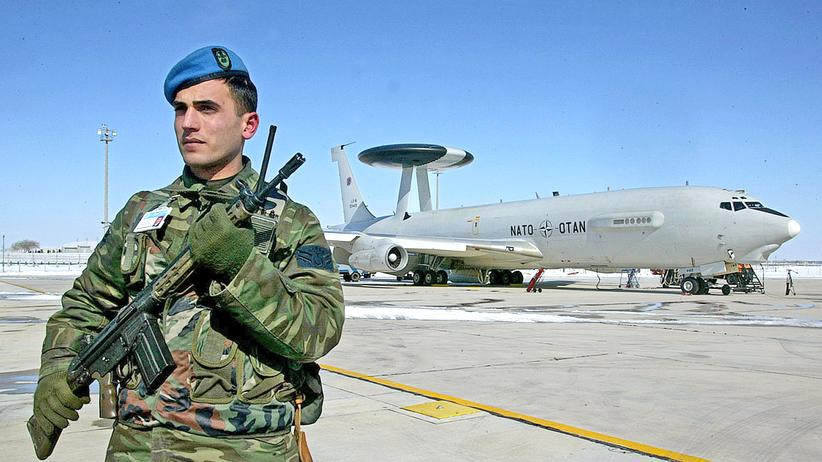 Bundeswehr: Ein Awacs-Flieger in Konya