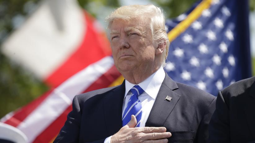 Ein Parteifreund beschuldigte Donald Trump, aus Russland bezahlt zu werden.