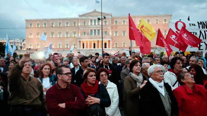 Griechenland: Parlament stimmt für neues Sparpaket