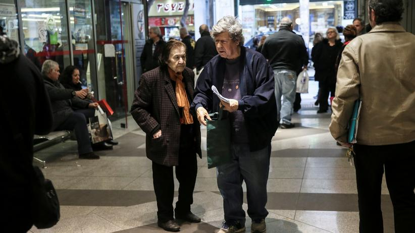 Griechenland: Ältere Menschen in Athen