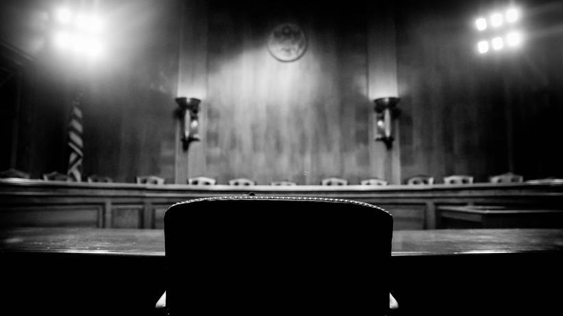James Comey: Die Entlassung des FBI-Chefs ist deshalb vermutlich nur der erste Schritt eines groß angelegten Angriffs von Trump auf die Unabhängigkeit der staatlichen Institutionen.