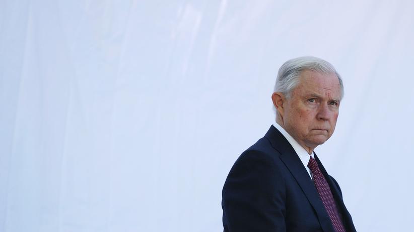 Russlandaffäre: US-Justizminister tritt vor Geheimdienstausschuss