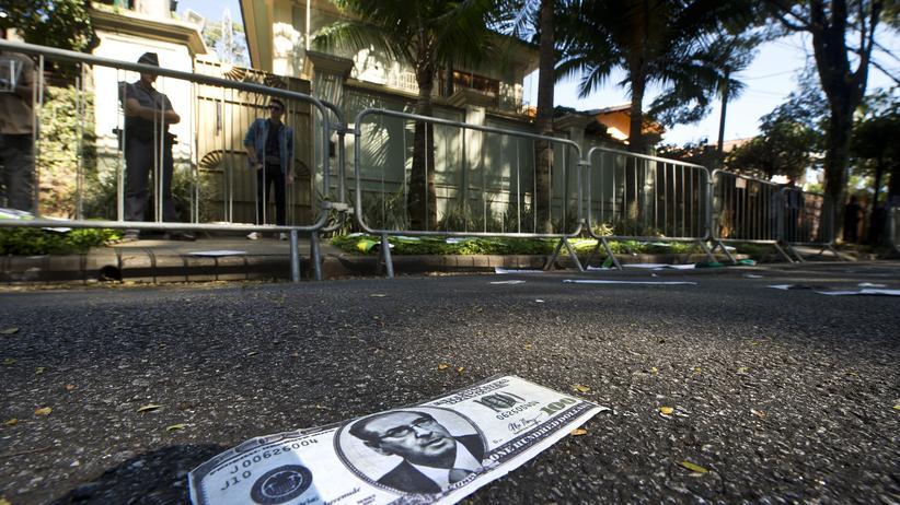 Brasilien: Ein gefälschter 100 Dollar Scheint mit dem Portät des inhaftierten ehemaligen Parlamentspräsidenten Eduardo Cunha – er soll von Temer bestochen worden sein.