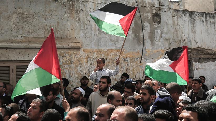 Nahostkonflikt: Anhänger der palästinensischen Hamas in Chan Junis im südlichen Gazastreifen