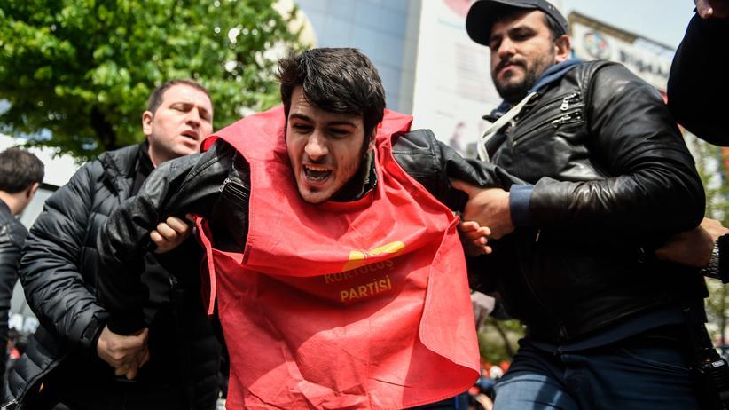 Türkei: Polizei geht gewaltsam gegen Demonstranten vor