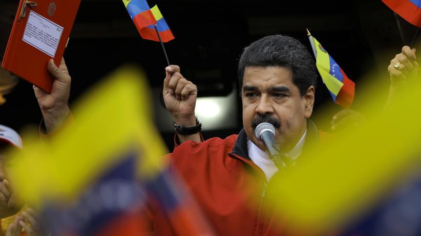 Venezuela: Maduro bereitet neue Verfassung vor
