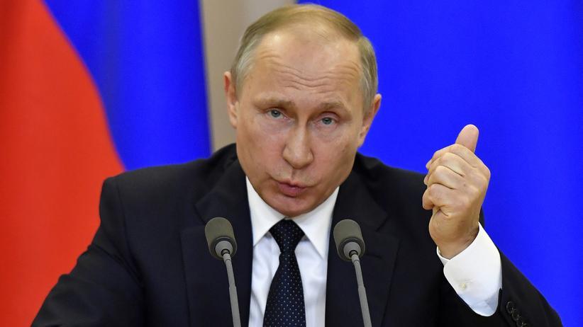 Donald Trump: Der russische Präsident Wladimir Putin bei der Pressekonferenz in Sotschi