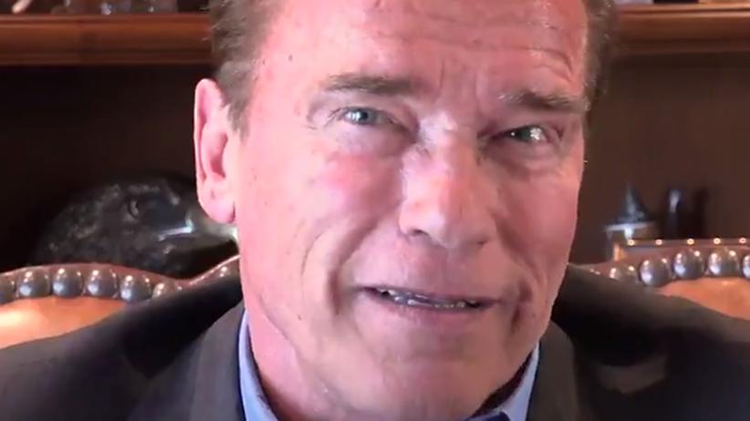 """Schwarzenegger an Trump: """"Ein Mann alleine kann die Zeit nicht zurückdrehen. Nur ich kann das"""""""
