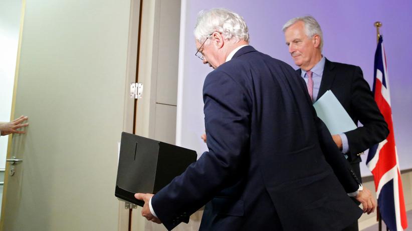 Brexit: Der Vorsitzende der Europäischen Union bei den Brexit-Verhandlungen, Michael Barnier (rechts), und der britische Brexit-Minister David Davis nach der gemeinsamen Pressekonferenz.