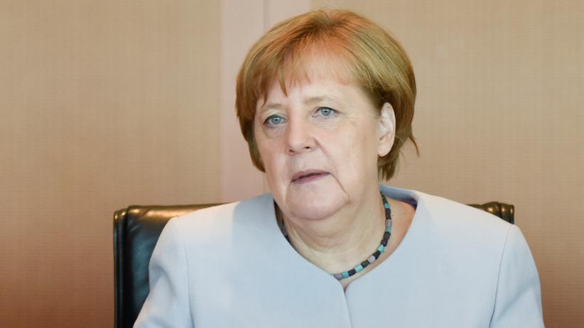 Sonntagsfrage: Bundeskanzlerin Angela Merkel (CDU) bei einer Kabinettssitzung