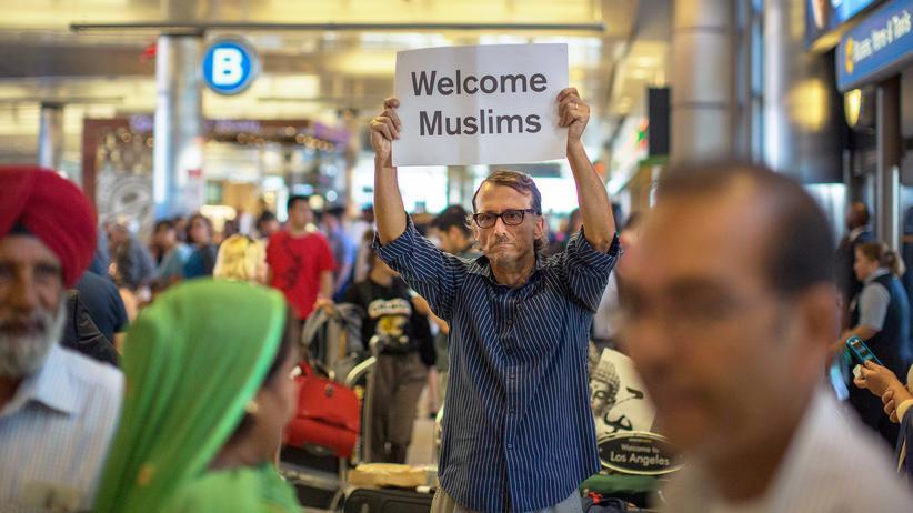 Einreiseverbot USA: Nur wenige Demonstranten protestierten an US-Flughäfen gegen den erneuten Einreisestopp.