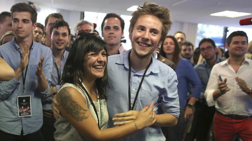 Frankreich: Parteimitglieder von La République en Marche feiern den Wahlsieg.