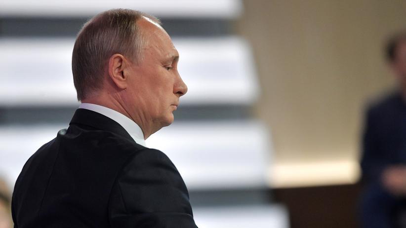 Russland: Putin bietet Comey Asyl an