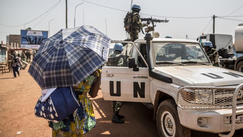 Zentralafrikanische Republik: UN-Blauhelme der Minusca-Mission patrouillieren in der Zentralafrikanischen Hauptstadt Bangui.