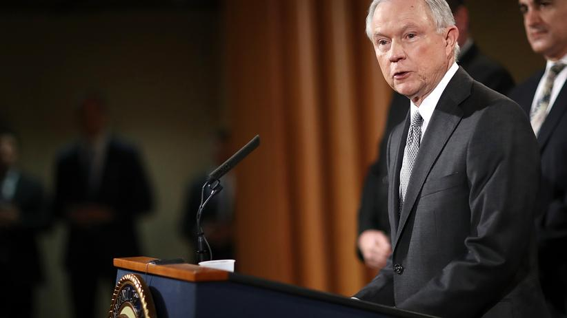Jeff Sessions: Sessions in Washington