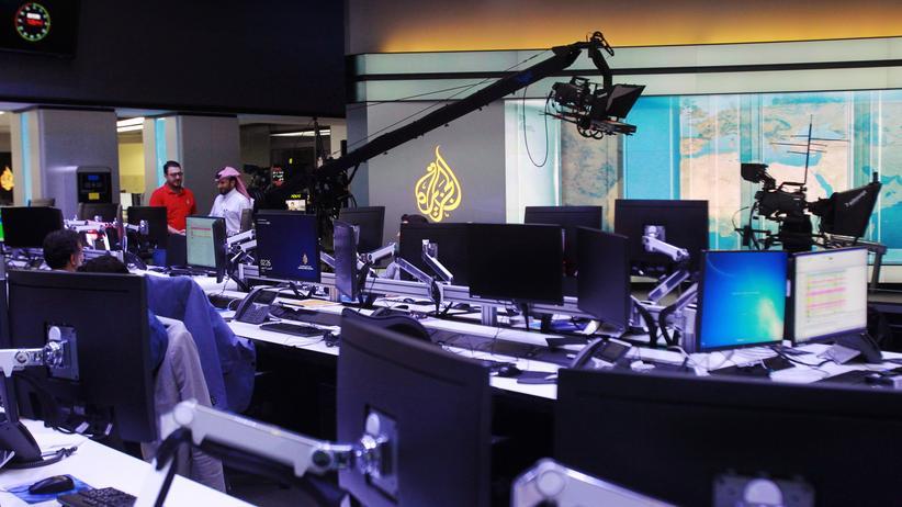Katar-Krise: Redakteure in der Zentrale des Fernsehsenders Al Dschasira in Doha