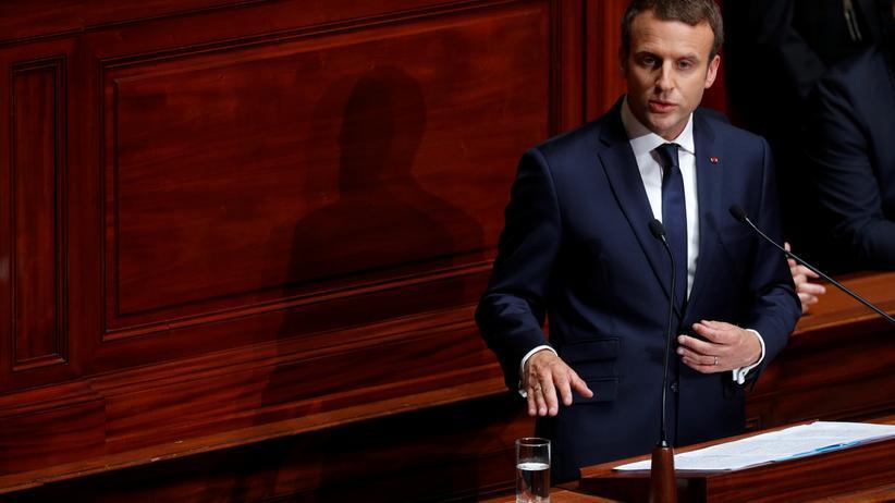 Emmanuel Macron: Frankreichs Präsident Emmanuel Macron während seiner Rede in Versailles