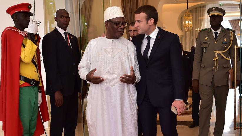 Islamismus: Macron unterstützt Anti-Terror-Truppe in Westafrika