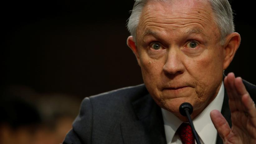 Jeff Sessions soll falsche Angaben über Gespräche mit dem russischen Botschafter gemacht haben.