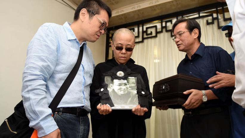 Liu Xiaobo findet letzte Ruhe im Meer