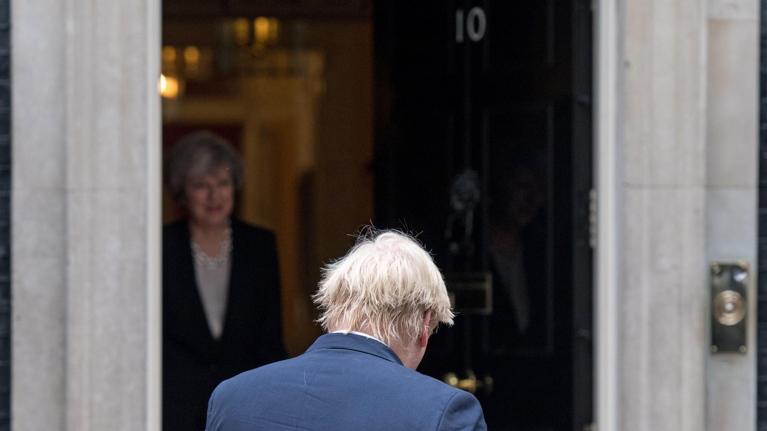 Der Sinkflug der Theresa May