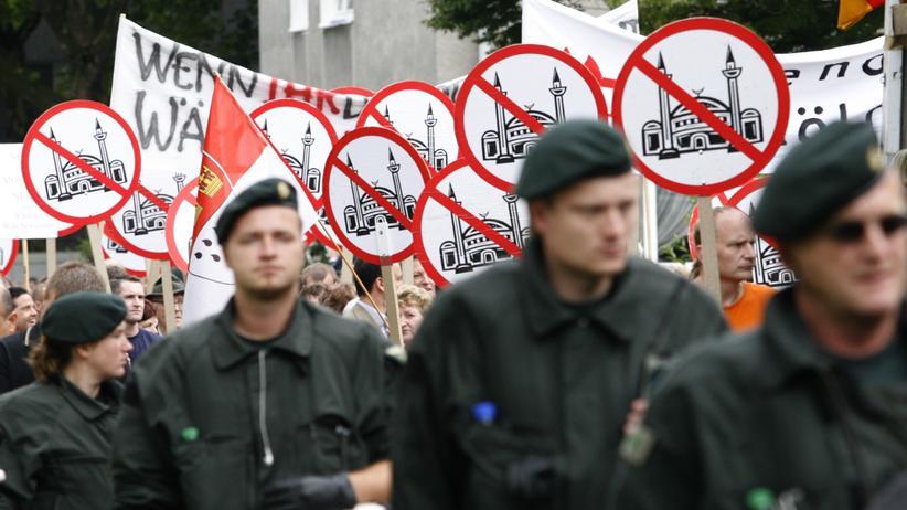 Protest gegen den Bau einer Moschee in Köln