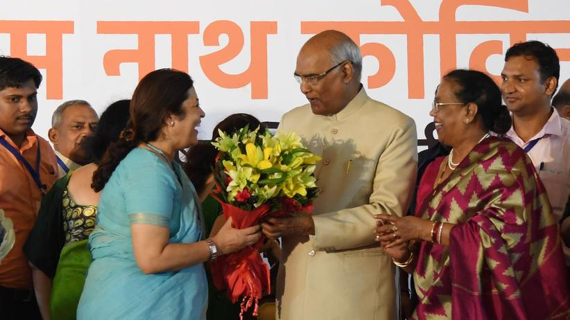 Ram Nath Kovind: Glückwünsche für den frisch gewählten indischen Präsidenten Ram Nath Kovind (M.)