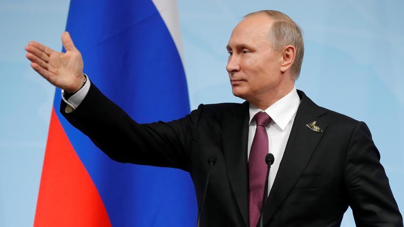 Russland: Putin weist 755 Mitarbeiter von US-Vertretungen aus