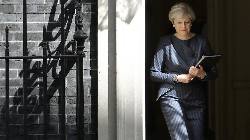 Theresa May vor ihrer Rede an die Nation am 18. April 2017 in London, Downing Street