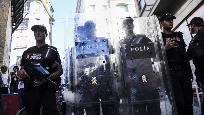 Putschversuch: Türkische Regierung gibt weitere Festnahmen bekannt