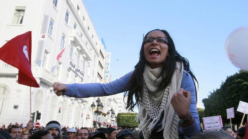 Tunesien: Auch ihr Protest hat sich ausgezahlt: Demonstrantinnen fordern die Gleichstellung von Männern und Frauen.