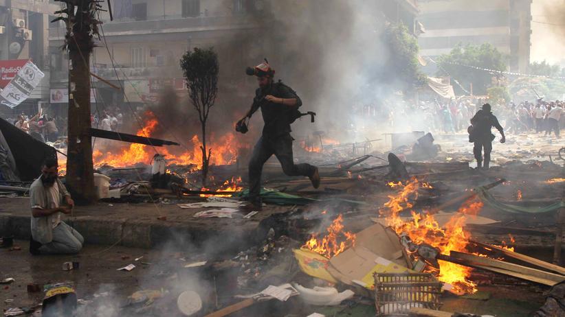 Al Jazeera: Reporter begleiten die Kämpfe zwischen Anhängern der Muslimbrüder und der ägyptischen Polizei im August 2013 in Kairo.