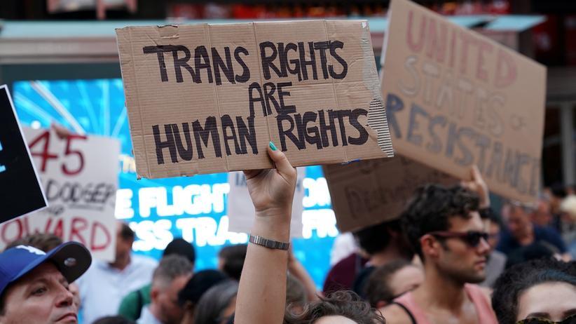 Donald Trump : Bürgerrechtler klagen gegen Transgender-Verbot im Militär