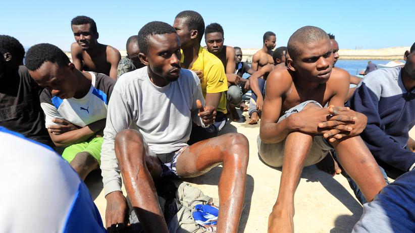 Flüchtlinge in Libyen: Flüchtlinge an der libyschen Küste