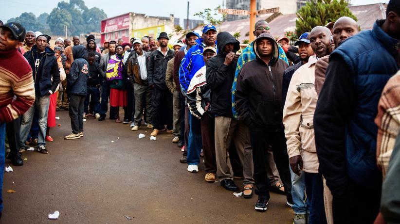 Präsidentenwahl in Kenia: Kenyatta oder Odinga?