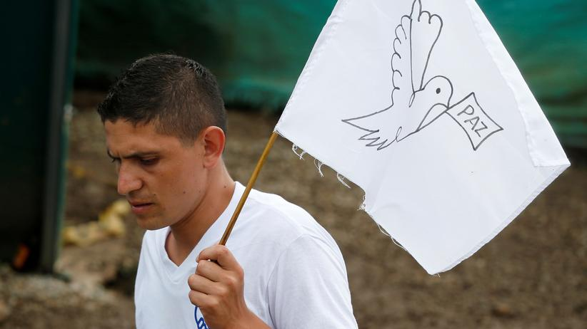 Guerilla: Das Abkommen hatte zu Konflikten in der kolumbianischen Gesellschaft geführt, ein erster Entwurf war in einem Referendum gescheitert.