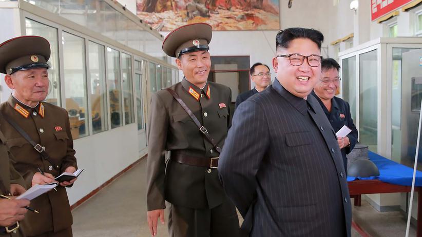 Kim Jong Un: Kim Jong Un in der Hochschule für Verteidigungswissenschaften in Nordkorea