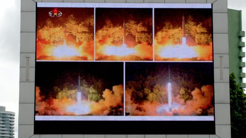 Pjöngjang: Nordkorea kann offenbar Langstreckenraketen atomar bewaffnen
