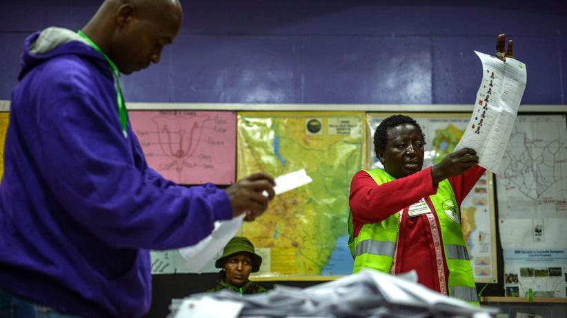 Präsidentschaftswahlen: Kenyatta führt bei Wahl in Kenia