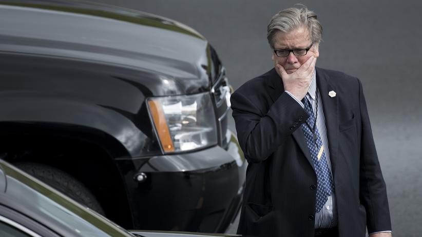 """USA: Bannon will mit """"Breitbart News"""" für Trump kämpfen"""